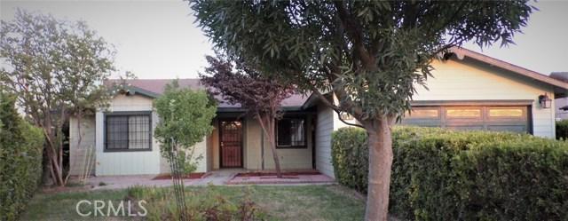 1230 Lewis Street, Delano CA: http://media.crmls.org/medias/4821aa2f-c0aa-4d27-826d-4da6a977e4ed.jpg