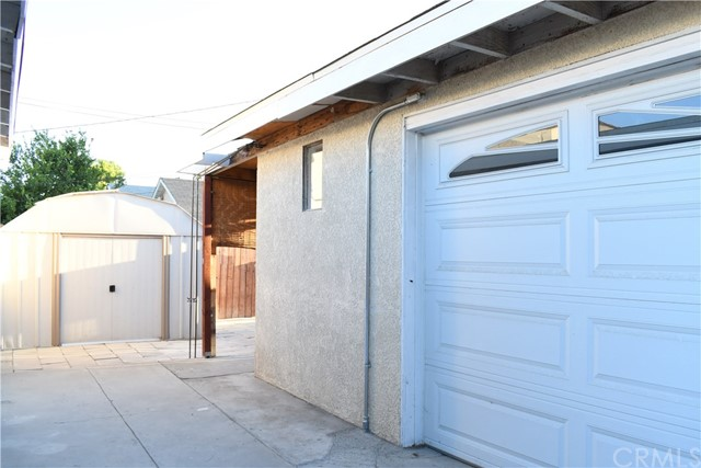 336 N Orange Avenue, Rialto CA: http://media.crmls.org/medias/4829d667-5a6b-4c52-aab0-6fe84c64d3f5.jpg
