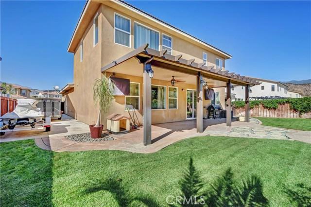 18239 Lapis Lane, San Bernardino CA: http://media.crmls.org/medias/48336043-98c1-4c55-9a6b-cb2553078029.jpg