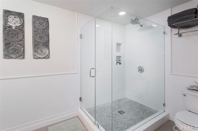 Additional photo for property listing at 332 1st Place  Manhattan Beach, カリフォルニア,90266 アメリカ合衆国