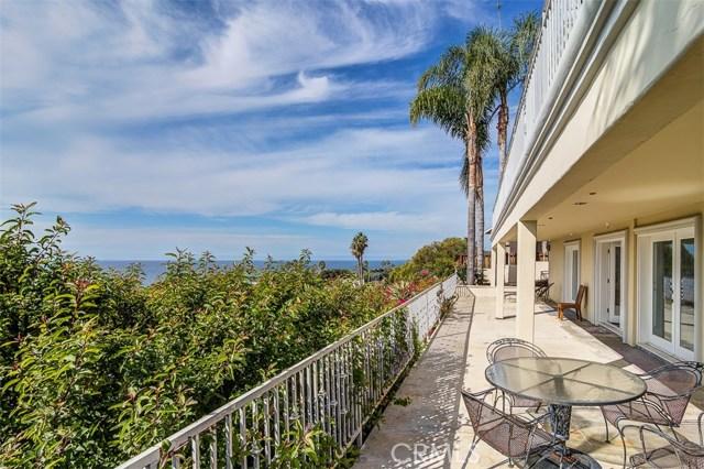 31365 Monterey Street, Laguna Beach CA: http://media.crmls.org/medias/483a8a53-71e3-4fae-aaa2-52b93beaaa44.jpg