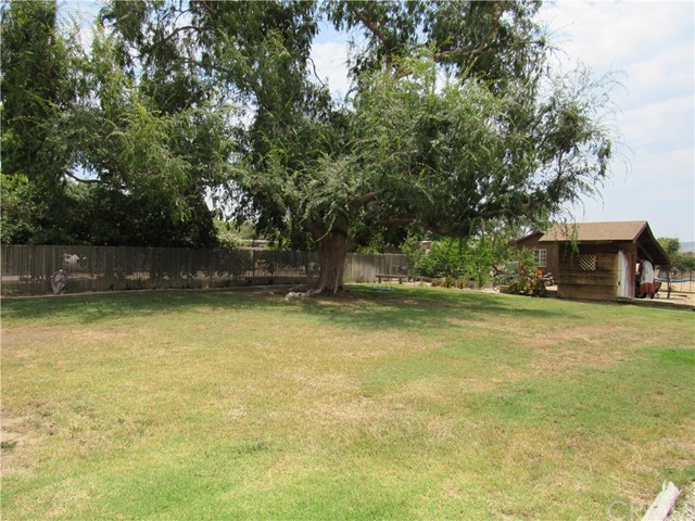 40101 Newport Road Hemet, CA 92543 - MLS #: IV17162441