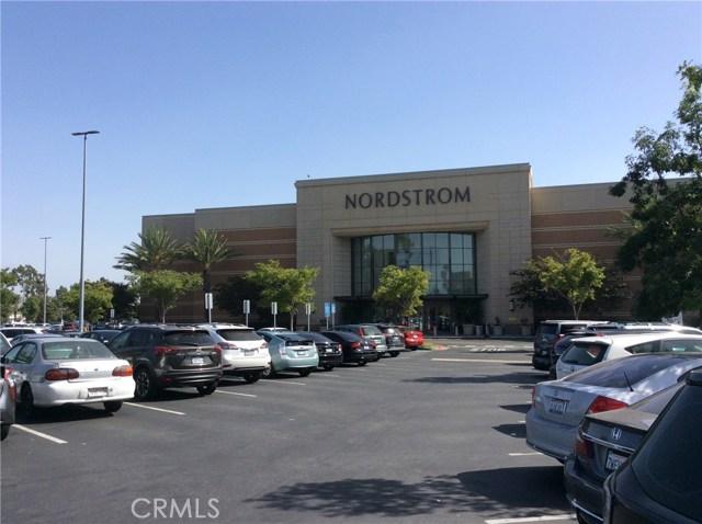 12363 Creekwood Avenue, Cerritos CA: http://media.crmls.org/medias/484970b2-6175-45a5-9b54-87b4bdca20f4.jpg