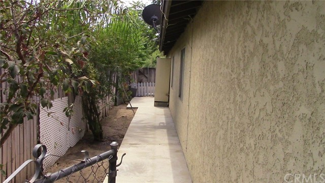 18831 3rd Street Bloomington, CA 92316 - MLS #: EV18199349