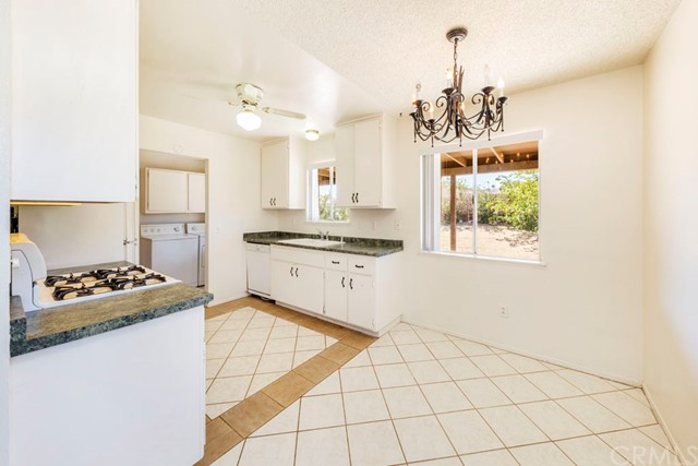 61909 Grand View Circle Joshua Tree, CA 92252 - MLS #: JT17185983