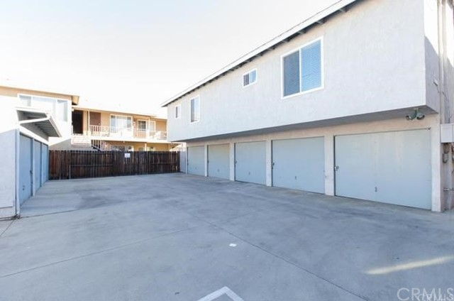 1039 E Appleton Street Unit 3 Long Beach, CA 90802 - MLS #: PW18273550
