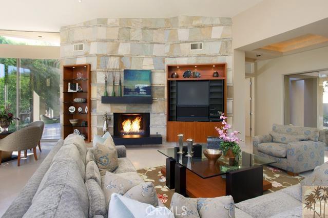 108 Waterford Circle, Rancho Mirage CA: http://media.crmls.org/medias/48787728-282f-4f5b-8eee-72c9308afb49.jpg