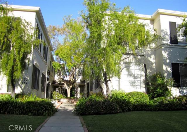 528 N Sycamore Avenue Unit 528D, Los Angeles CA 90036