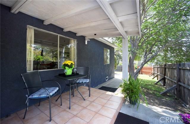 5101 Coringa Drive, Los Angeles CA: http://media.crmls.org/medias/489da590-3bea-4a5e-ae65-15a217de42a1.jpg