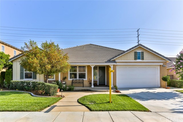 29412 Cottage Court Menifee, CA 92584 is listed for sale as MLS Listing IG17150125