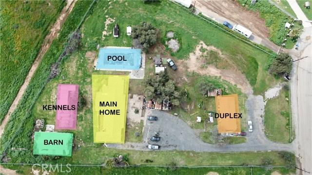 6880 Riverdale Place, Jurupa Valley CA: http://media.crmls.org/medias/48a6be15-f460-4000-9a2c-9cd90d3ddf03.jpg