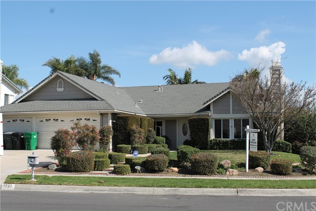 1721 Greenview Avenue Corona, CA 92880 - MLS #: IG18071517