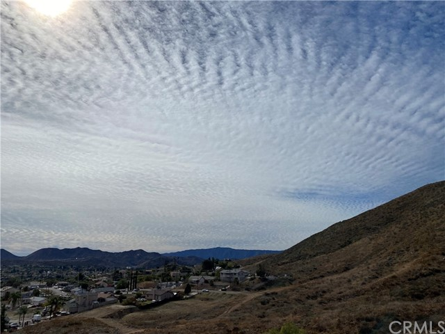 23557 Badger Creek Lane, Menifee CA: http://media.crmls.org/medias/48c1daca-5ef4-4deb-865c-c46b879acbec.jpg