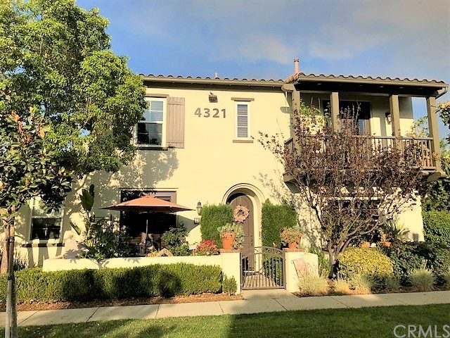4321 Owens Street, Corona CA: http://media.crmls.org/medias/48c87f1c-ff16-4f46-8b31-059764f58cbd.jpg
