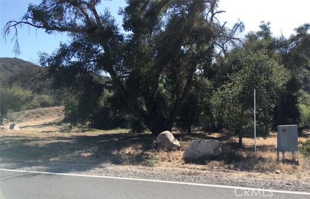 4 Via Sereno, Murrieta CA: http://media.crmls.org/medias/48dd1d4f-9c1e-448a-bfd3-5c4254145251.jpg