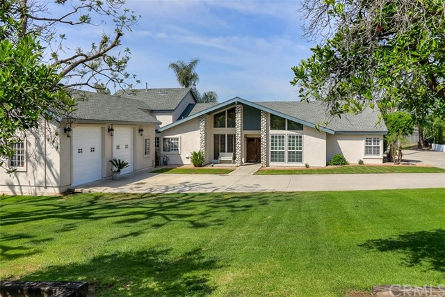 Single Family Home for Sale at 7444 Weaver Street Highland, California 92346 United States
