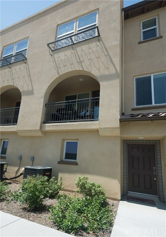 2651 W Lincoln Avenue # 18 Anaheim, CA 92801 - MLS #: OC17185954