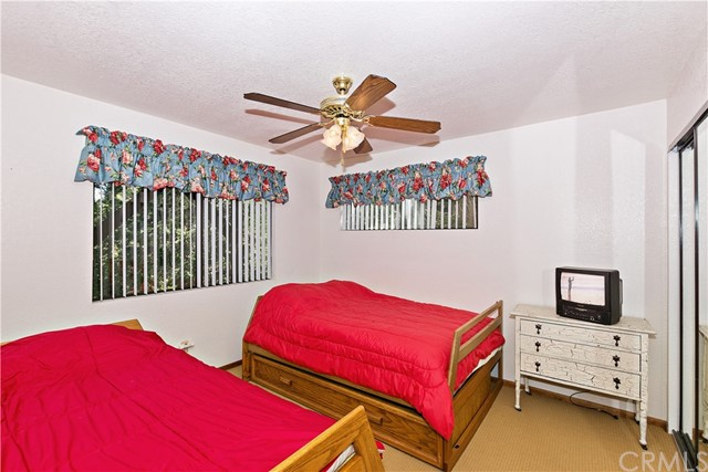 528 Rainier Road Lake Arrowhead, CA 92352 - MLS #: EV18092422