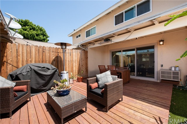 17226 Nisson Road Unit C Tustin, CA 92780 - MLS #: PW18115042