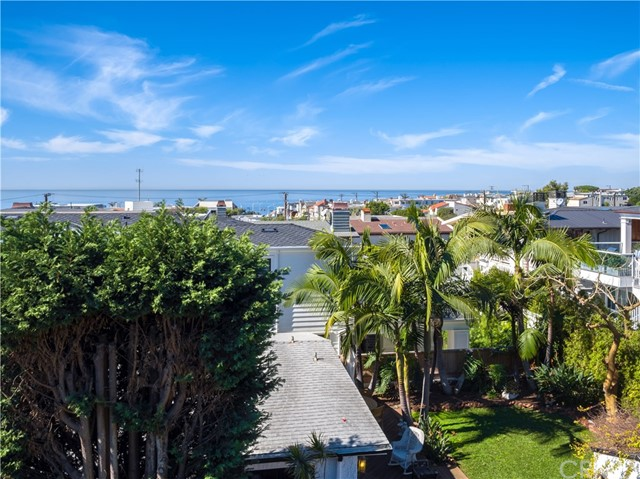 Additional photo for property listing at 535 14th Street  Manhattan Beach, Καλιφορνια,90266 Ηνωμενεσ Πολιτειεσ