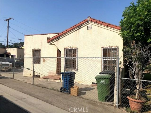 4026 Perry Street, East Los Angeles CA: http://media.crmls.org/medias/48ff8226-cd2e-4457-9033-7058515629c5.jpg