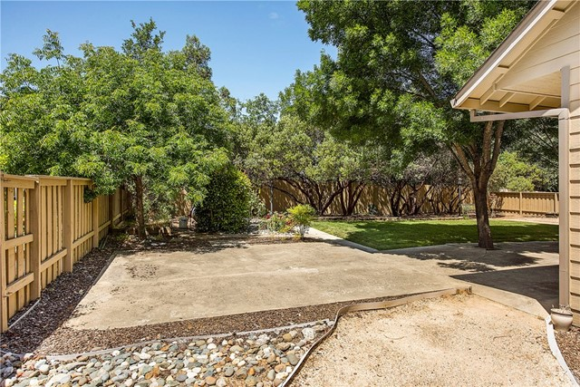 2205 Oakcrest Drive Lakeport, CA 95453 - MLS #: LC18131756