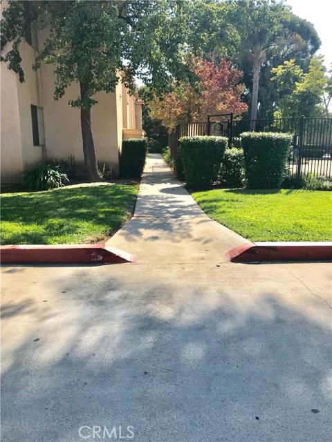321 Inger Drive, Santa Maria CA: http://media.crmls.org/medias/49113f86-d439-47f6-8423-8445c011b919.jpg