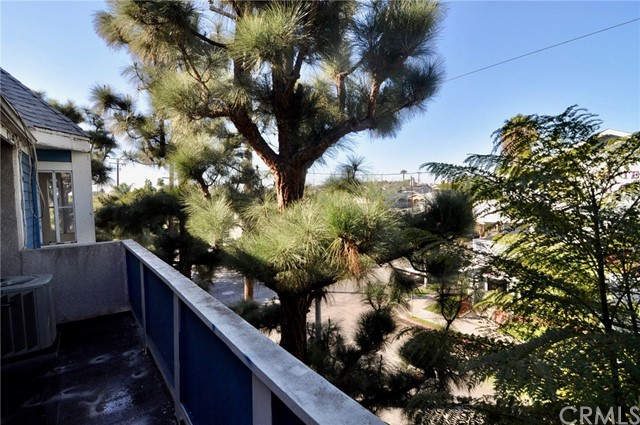 1200 Gaviota Av, Long Beach, CA 90813 Photo 2
