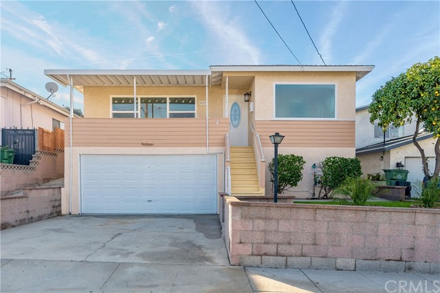 4530 134th Street, Hawthorne, California 90250, 3 Bedrooms Bedrooms, ,2 BathroomsBathrooms,Single family residence,For Sale,134th,SB19279601