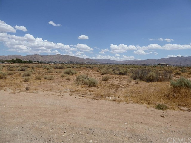 0 Navajo Road Apple Valley, CA 0 - MLS #: CV17197670