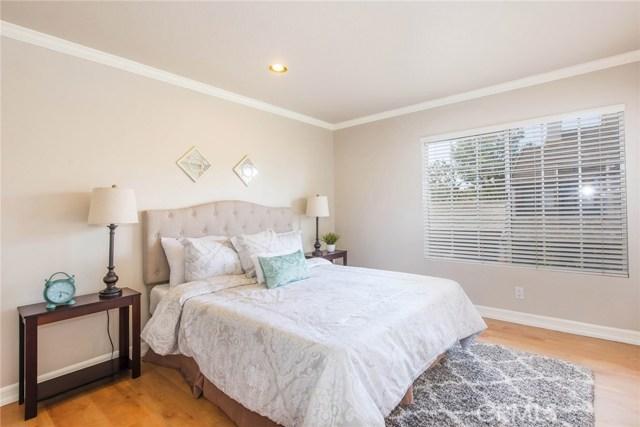 237 Greenmoor Irvine, CA 92614 - MLS #: OC18135866