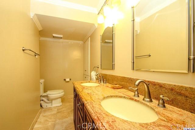 12316 Runnymede Street, North Hollywood CA: http://media.crmls.org/medias/49315cc2-2314-4d35-8c5f-8fca8b375819.jpg