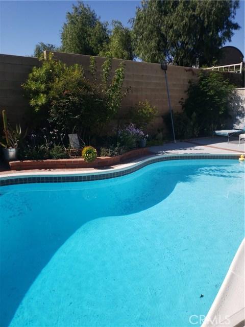 13815 Pheasant Knoll Lane, Moreno Valley CA: http://media.crmls.org/medias/49372513-c678-4836-abec-8c3755cc2501.jpg