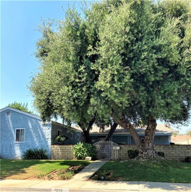 1015 Witherill Street, San Dimas CA: http://media.crmls.org/medias/493be0e9-7318-4b5f-8cb7-83f48373e0b6.jpg