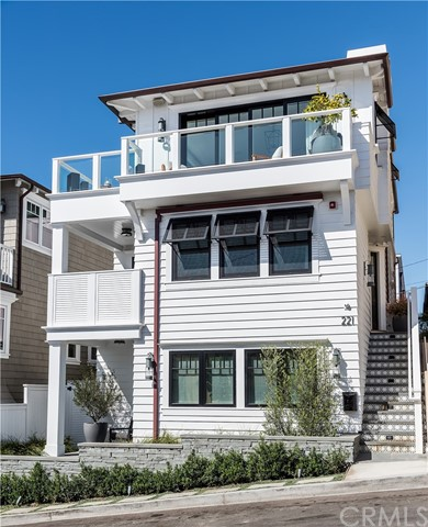 221 Homer Street  Manhattan Beach CA 90266