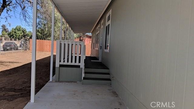 21885 Bailly Street, Perris CA: http://media.crmls.org/medias/495aa466-ba81-4f19-a078-dbbf573aae35.jpg