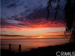 1265 Skyline Drive, Laguna Beach CA: http://media.crmls.org/medias/497764d9-c3f3-4332-a072-988ed77b28a9.jpg