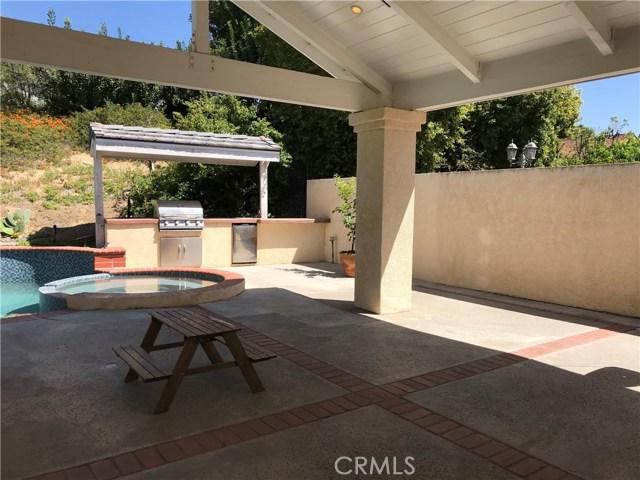47 Cottontail Drive, Phillips Ranch CA: http://media.crmls.org/medias/497769b1-7b41-406d-a10e-29336fe8fc3a.jpg