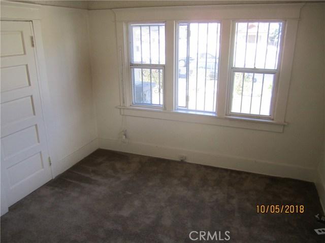 1844 West 38th Place, Los Angeles CA: http://media.crmls.org/medias/49780416-3fc6-4a5e-aa17-fc17d56af4e7.jpg