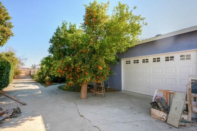 13151 Pipeline Avenue, Chino CA: http://media.crmls.org/medias/49855838-5047-4b7f-b69f-21695fe80a3f.jpg