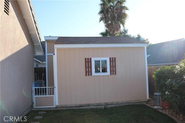 359 Flordason Drive, Calimesa CA: http://media.crmls.org/medias/499269f3-f4a7-4d57-a110-a6c086f29c1a.jpg