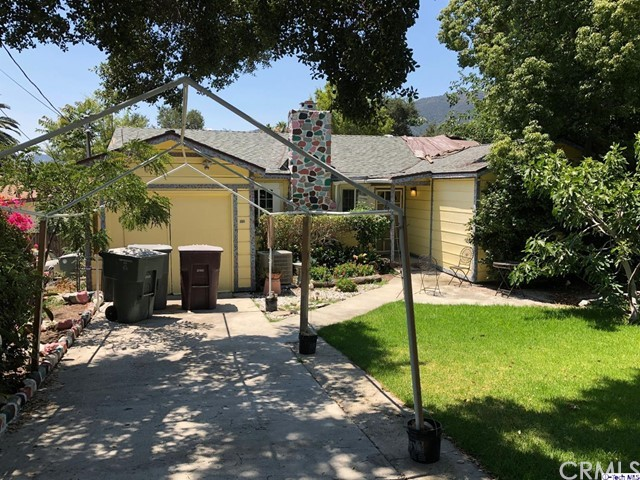 3810 3816 4th Avenue, Glendale CA: http://media.crmls.org/medias/499547e4-fac4-42dd-8b2d-be5736711114.jpg