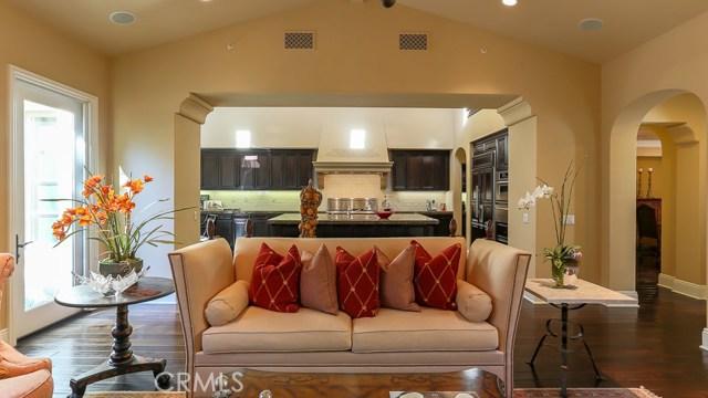 17 San Luis Obispo Street, Ladera Ranch CA: http://media.crmls.org/medias/499cc86c-341f-4676-9925-f0442163c951.jpg