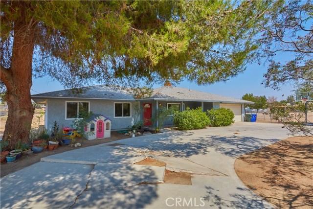 14950 Nokomis Road, Apple Valley CA: http://media.crmls.org/medias/49c1c8f5-82ad-48af-9b55-e380804ad632.jpg