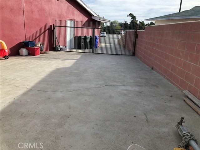 1973 N Oakdale Avenue Rialto, CA 92376 - MLS #: CV18264732