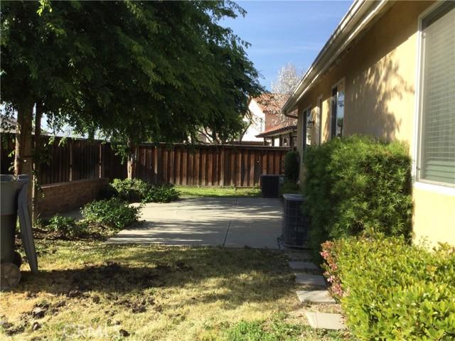 2052 Meridian Street, San Jacinto CA: http://media.crmls.org/medias/49dd89a2-1945-42ba-b6ee-149f27775b03.jpg