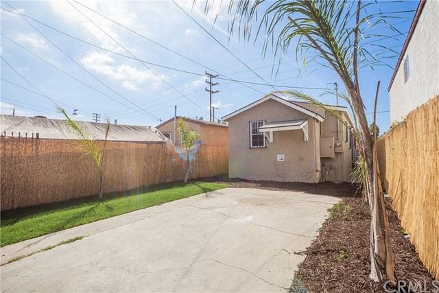 9302 Hooper Av, Los Angeles, CA 90002 Photo 17