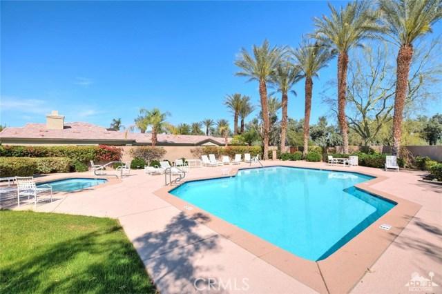 937 Box Canyon, Palm Desert CA: http://media.crmls.org/medias/49f3a1ce-950a-42f3-a075-2acbf9650161.jpg