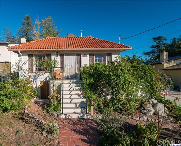 10324 Marcus Avenue Tujunga, CA 91042 is listed for sale as MLS Listing 316005888