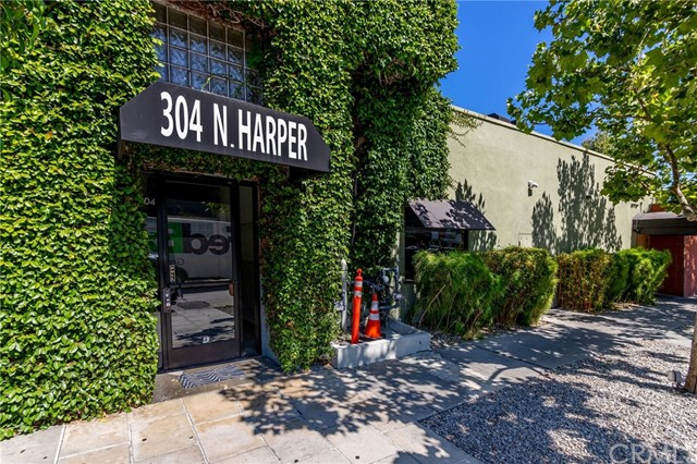 304 N Harper Av, Los Angeles, CA 90048 Photo 0
